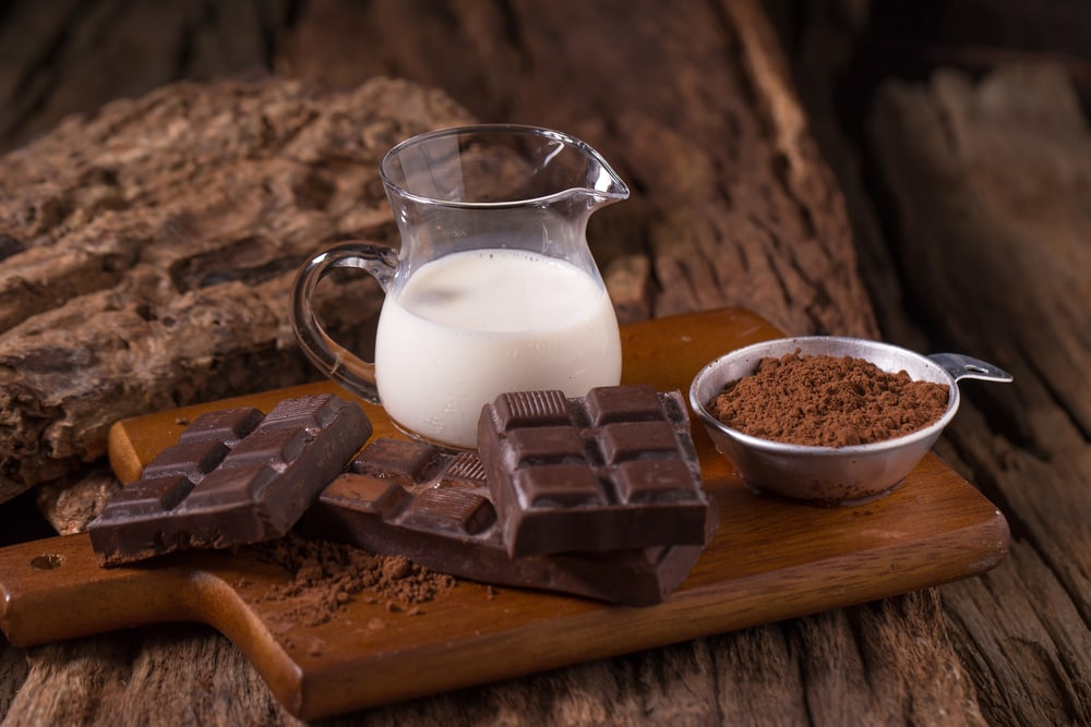 is dark chocolate vegan uk
